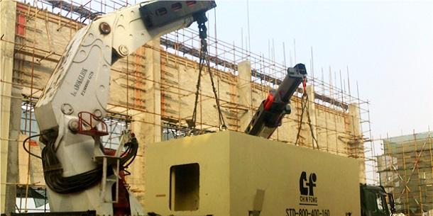 工厂设备搬运装卸需要注意什么? 上海设备装卸搬运哪家好?