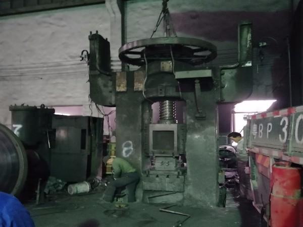 大型压力机拆卸搬运安装