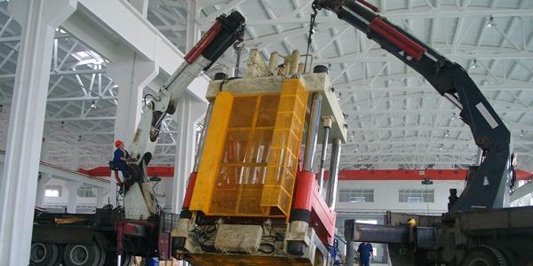 不同种类设备装卸时如何选择装卸设备? 及上海设备装卸公司哪家好?