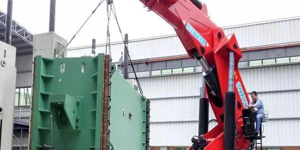 屹星机电设备搬运讲述:设备搬运常见价格问题注意事项